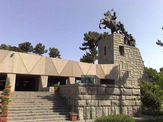 آرامگاه نادر مشهد , مناطق دیدنی مشهد