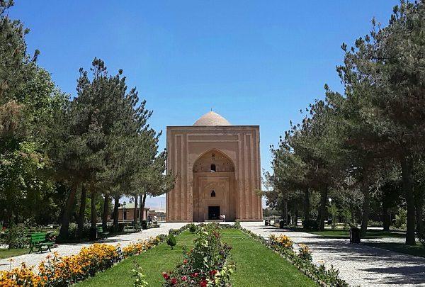 بنای هارونیه مشهد , مناطق دیدنی مشهد