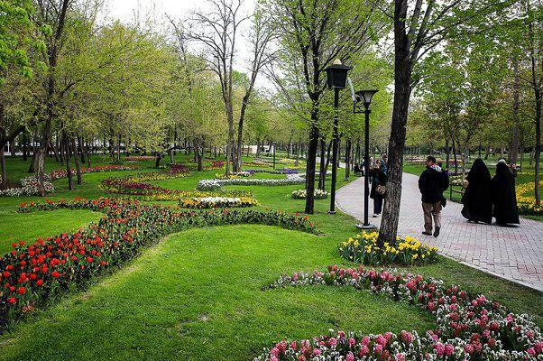پارک ملت مشهد , مناطق دیدنی مشهد