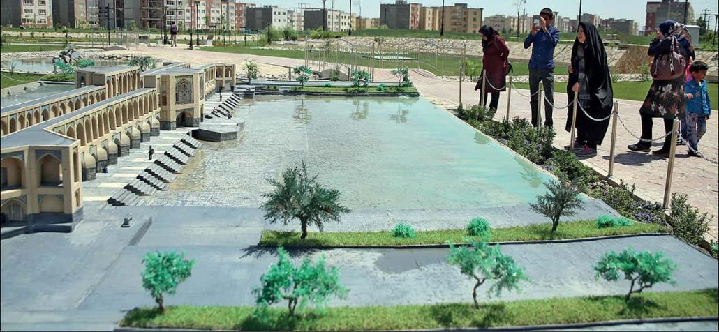 پارک مینیاتور مشهد Mashhad Miniature Park 1 mi 1030x476 - آشنایی با پارک های مشهد