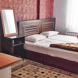 هتل آپارتمان پریناز min - مهمانپذیرهای مشهد