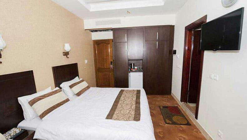 هتل آپارتمان زیارت 7 min - هتل زیارت